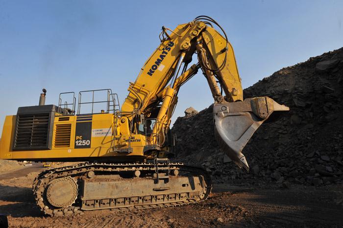 小松pc1250液压挖掘机; 反铲挖掘机图片大全; 小松pc1250液压挖掘机图片